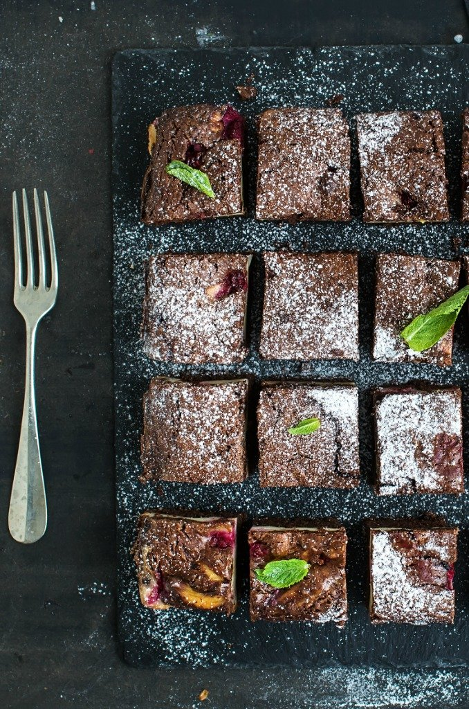 RAW CHERRY RIPE BROWNIES